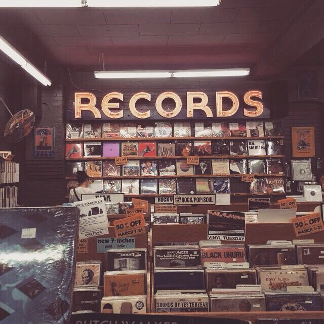 "Alt=""Film picture of record store"""
