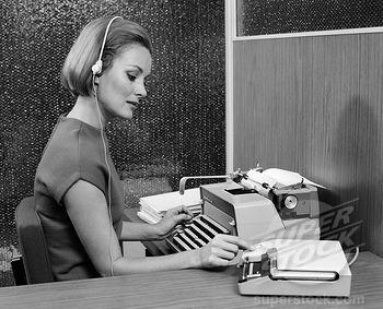 """Alt=""""Women working at typewriter"""""""