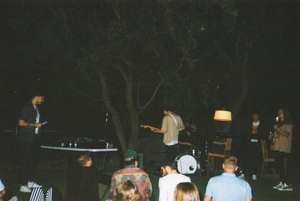 "Alt=""Film picture of live music"""