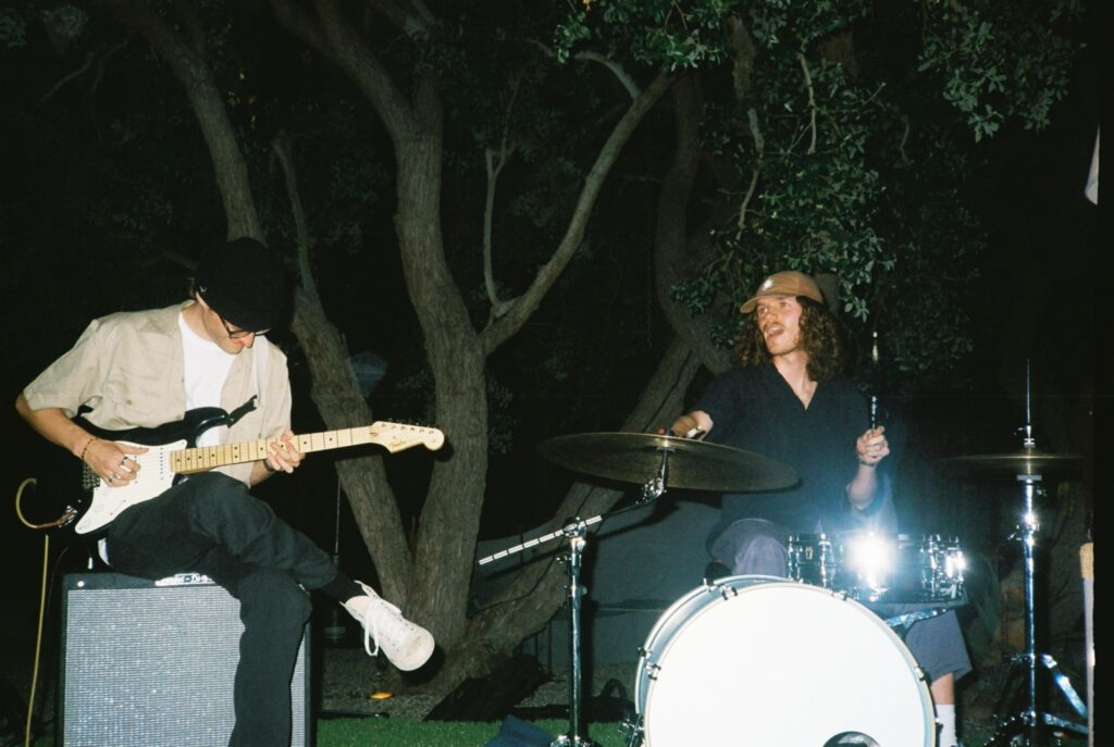 """Alt=""""Film picture of band"""""""