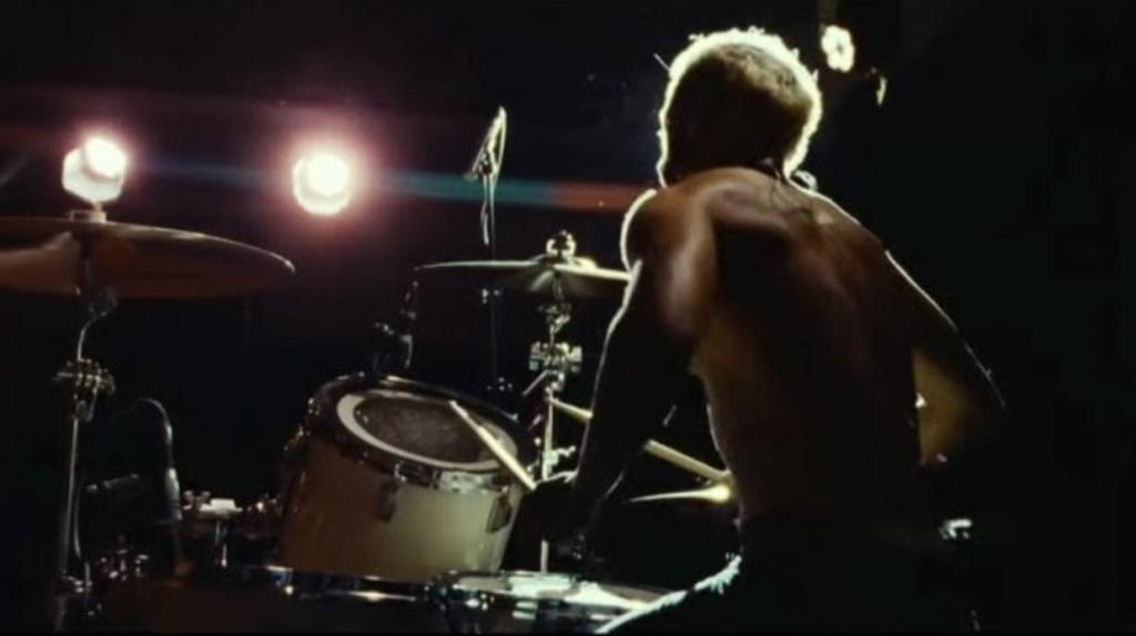 """Alt=""""Ruben drumming"""""""